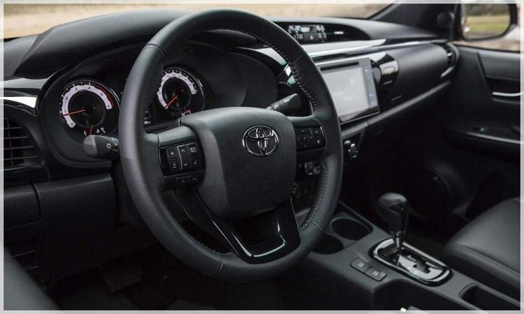 New Toyota Hilux 2021